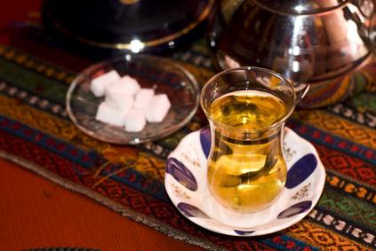 Typisch: Einladung zum Tee