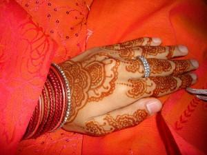 Henna-Tattoo für eine arabische Hochzeit